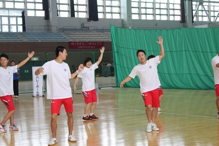 スポ科教員コースによるダンスの写真