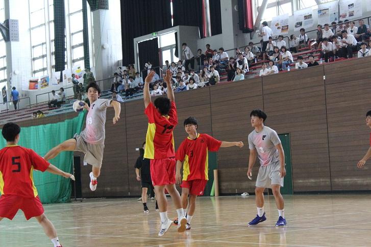 ハンドボール部の練習の写真